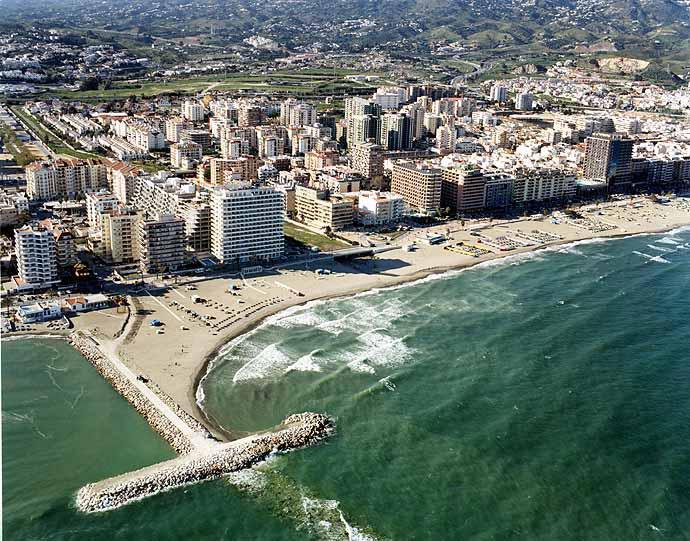 Playa de Los Boliches-Gaviotas