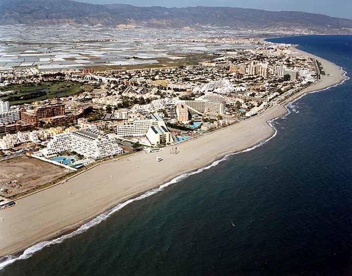 Urbanización Roquetas de Mar