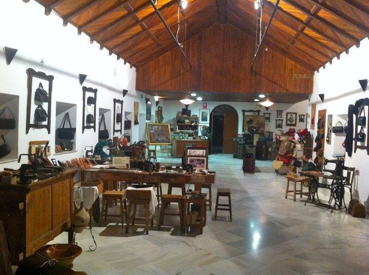 Exposición Permanente Manos y Magia en la Piel (Museo de la Piel)