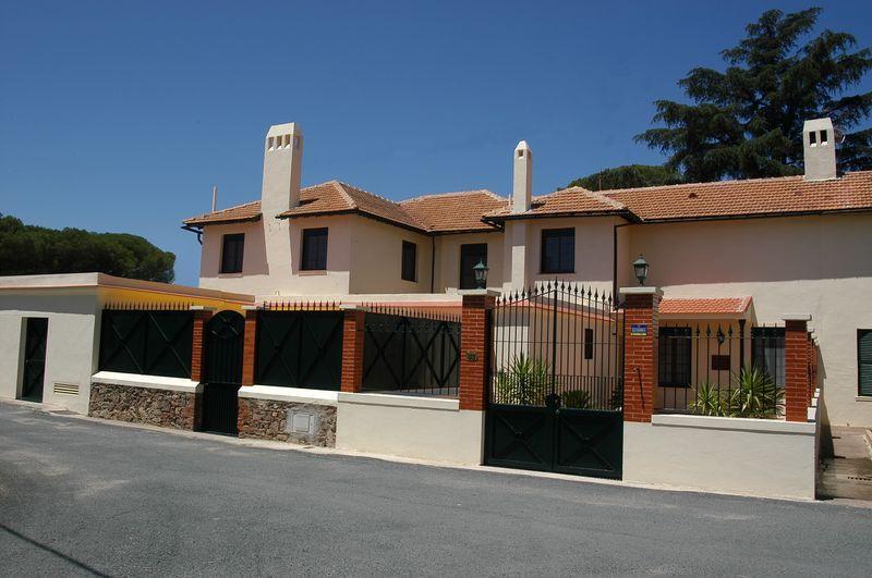 Casa Rural Riotinto Victorian House