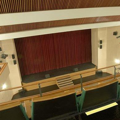 Teatro Municipal Juan Luis Galiardo