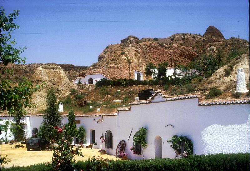 Las Cuevas. Granada, Almería.