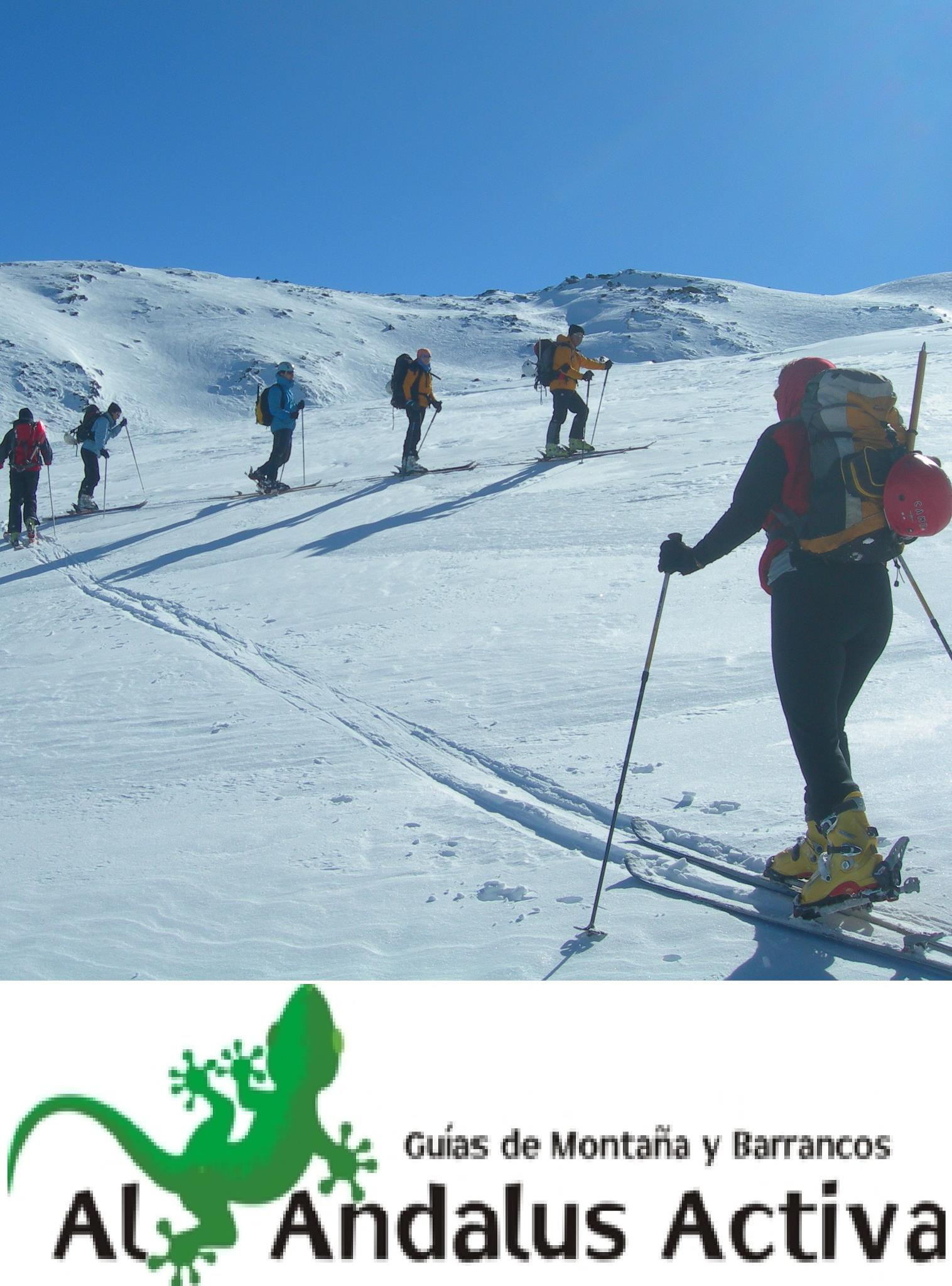 Hamelin: Al Andalus Activa Escuela de Montaña y Esquí - Actividad  (Sierra Nevada)