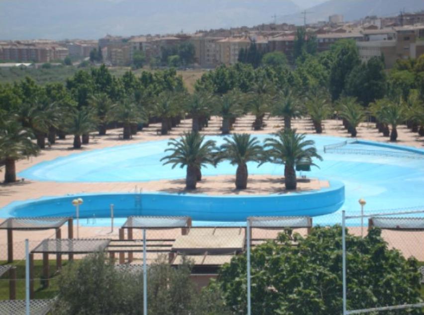 Hamelin: Complejo Deportivo Municipal Las Fuentezuelas - Actividad  (Jaén)
