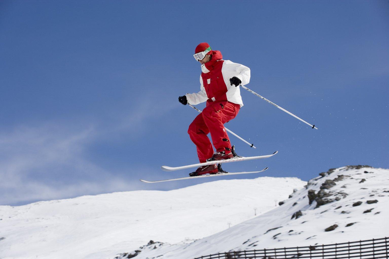 Hamelin: Estación de Esquí y Montaña de Sierra Nevada - Actividad  (Sierra Nevada)