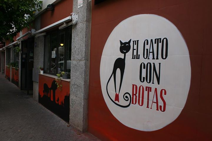 El Gato Con Botas Bar