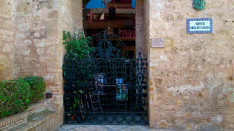 Puerta de Morón - Museo Lorenzo Coullaut Valera