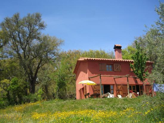 Vivienda Rural Finca Montemateo La Casa Roja