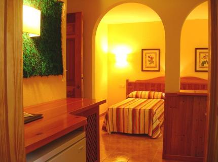Hotel Alcadima
