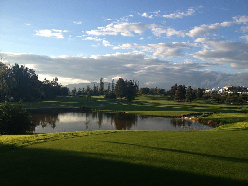 Hamelin: Mijas Golf Abono Verano completo - Actividad  (Las Lagunas de Mijas)
