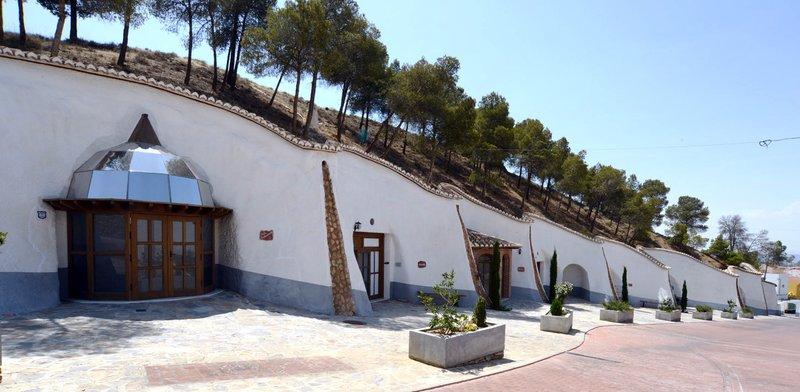 Visita guiada Centro de Interpretación en Cueva Trópolis