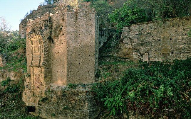 Hamelin: Tour nocturno por los Miradores del Albaicín hacia la Alhambra iluminada - Actividad  (Granada)