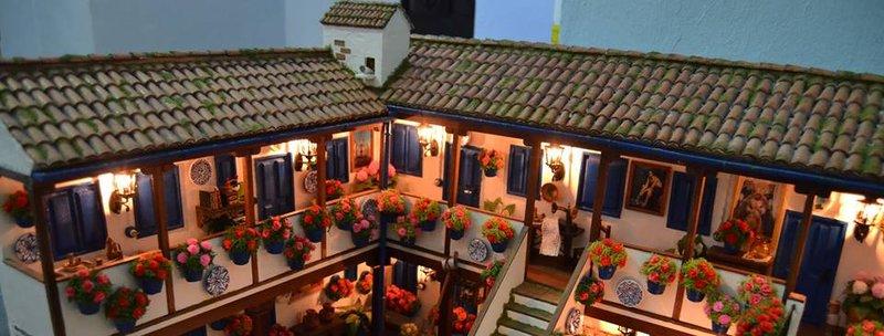Patios de Córdoba - Festival de Mayo - Patios y Perfumes