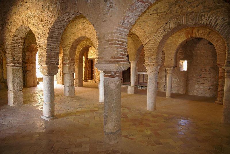 Mezquita en el interior de Castillo de Almonaster la Real