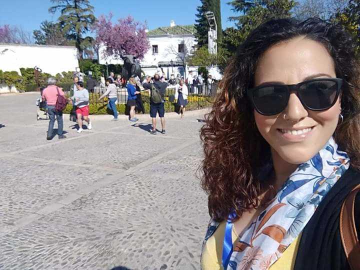 Claudia Valle - Guía de Turismo