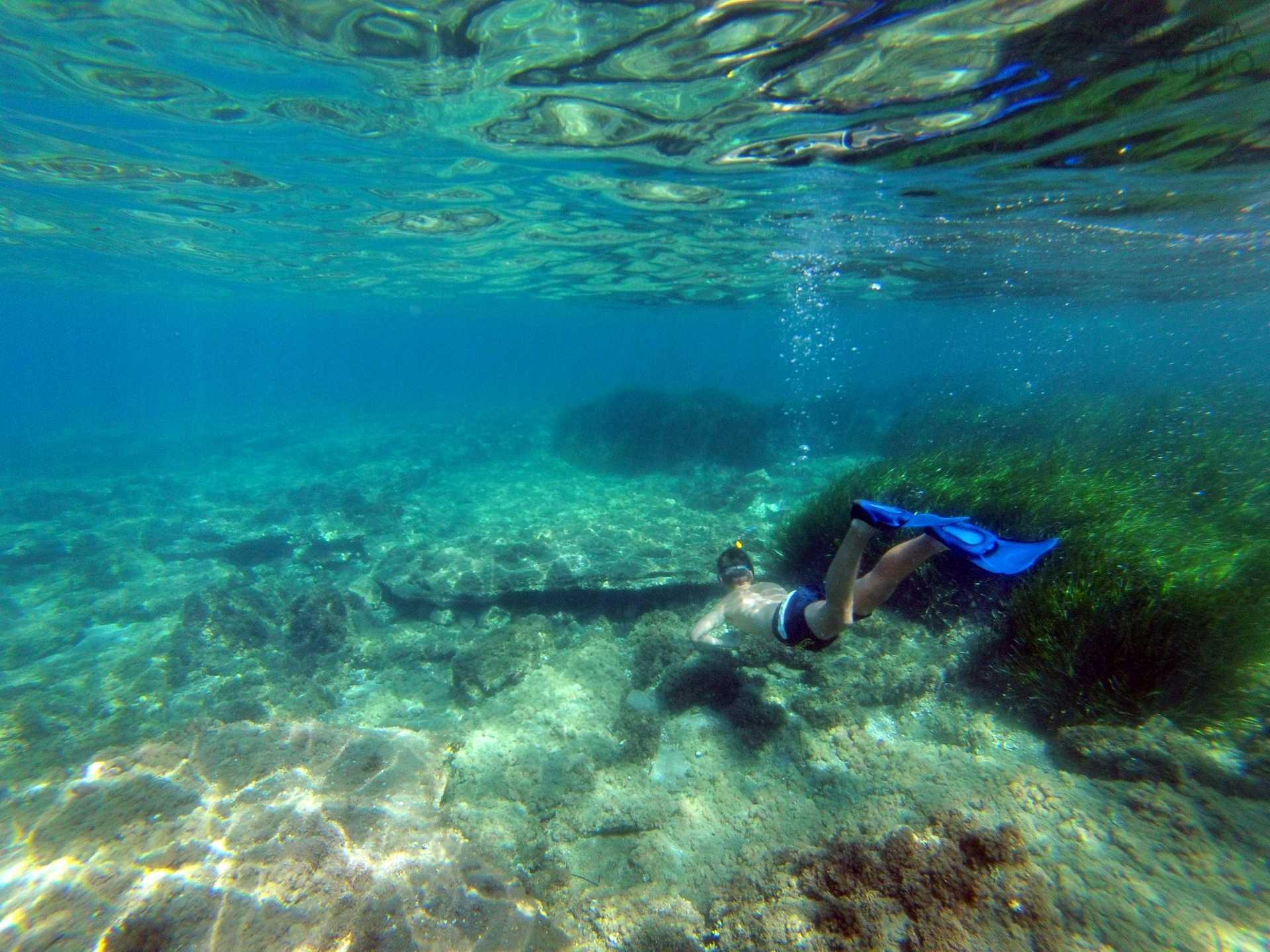 Ruta guiada en kayak y snorkel por las calas del Parque Natural de Cabo De Gata