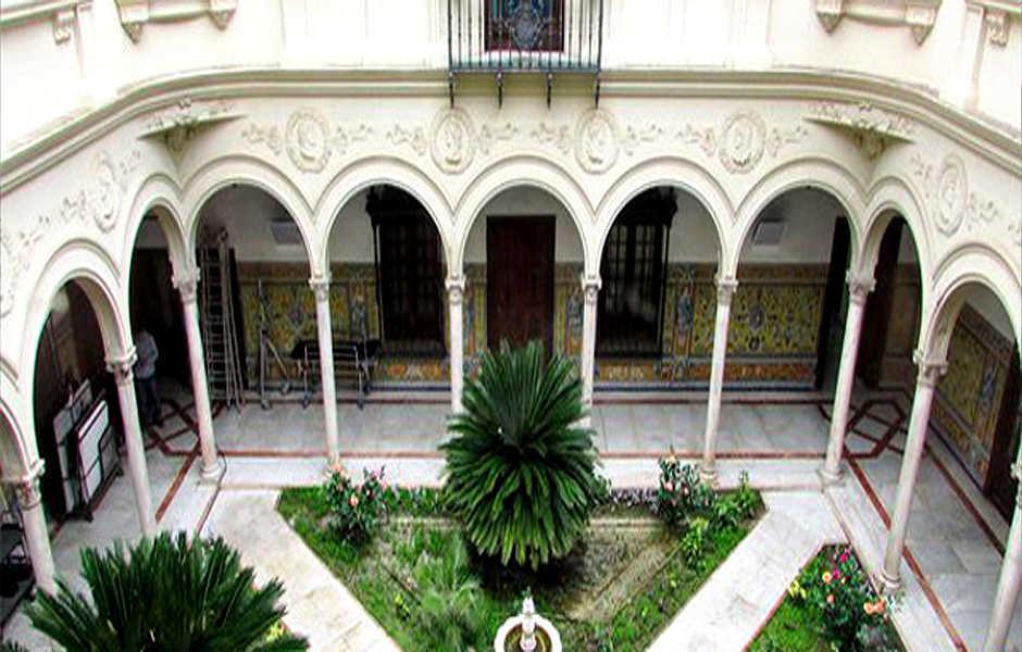 Casa-Palacio de los Monsalves