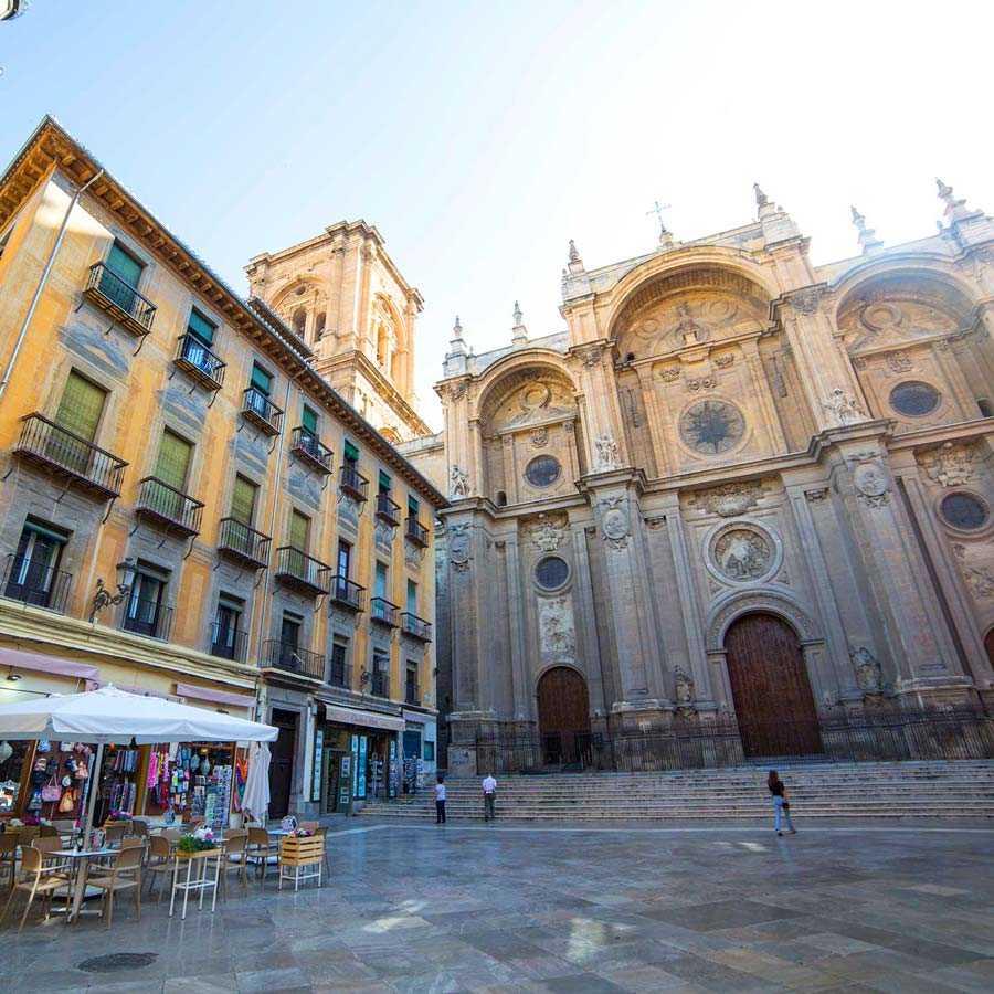 4 Barrios 4 Culturas: Visita guiada de medio día en Granada