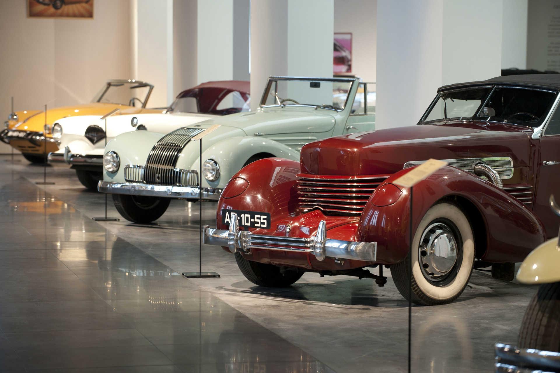 Visita Museo Automovilístico y de la Moda de Málaga + Audioguías
