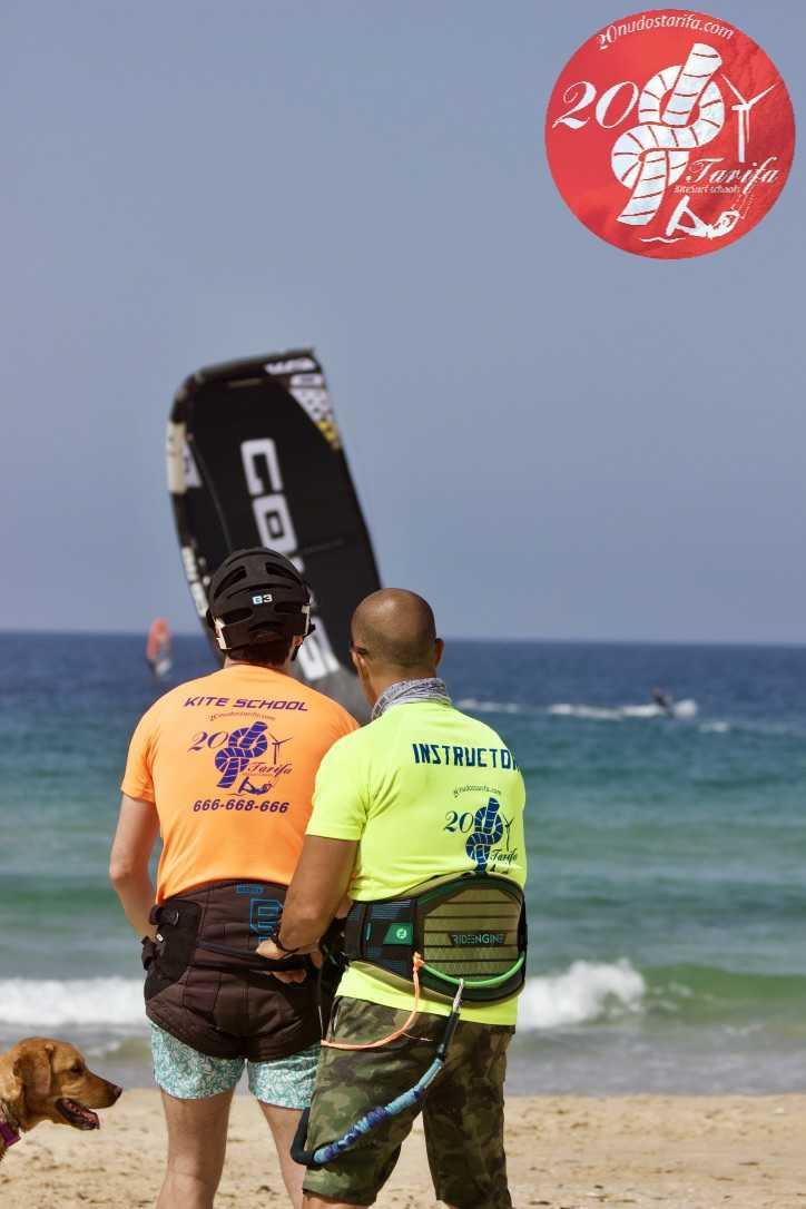 Curso de kitesurf semi-privado.
