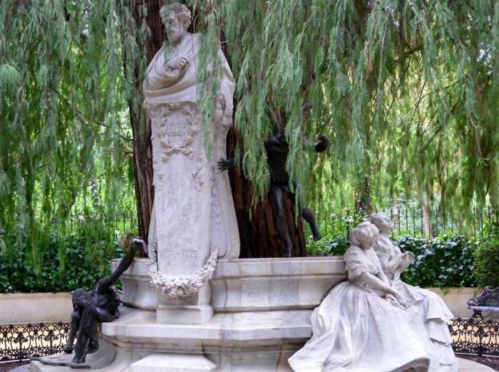 Monumento a Bécquer