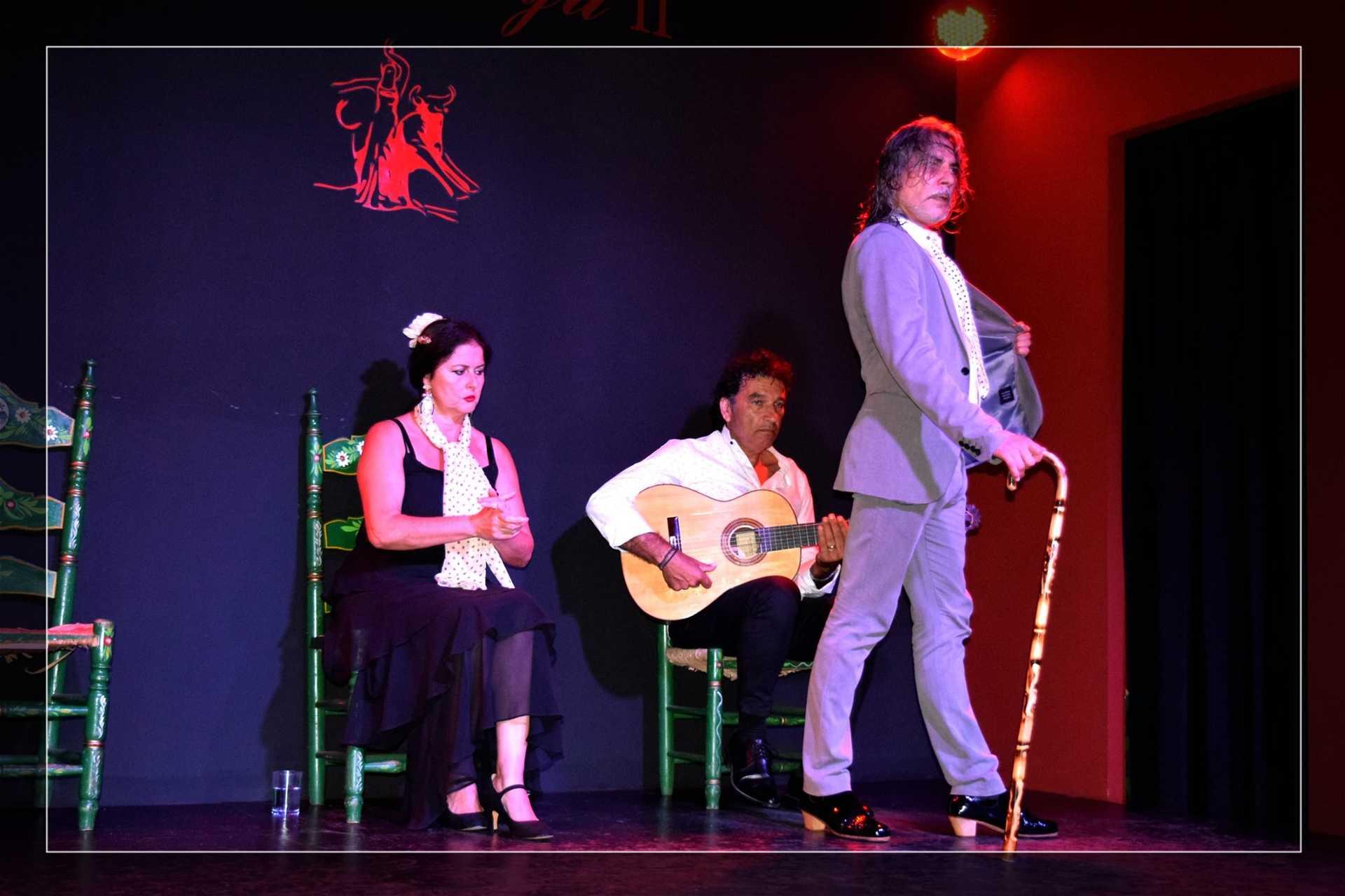 Noche de flamenco y gastronomía onubense
