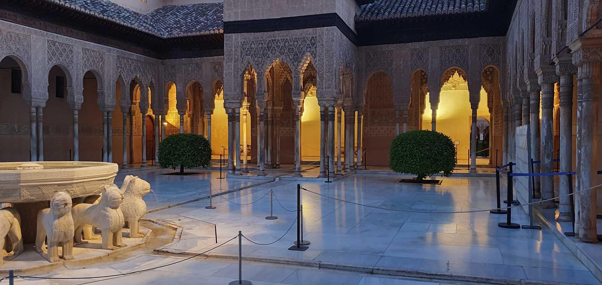 Visita guiada a la Alhambra de Granada