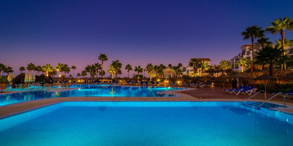 Desconéctacte al mar en Estepona Hotel & Spa Resort