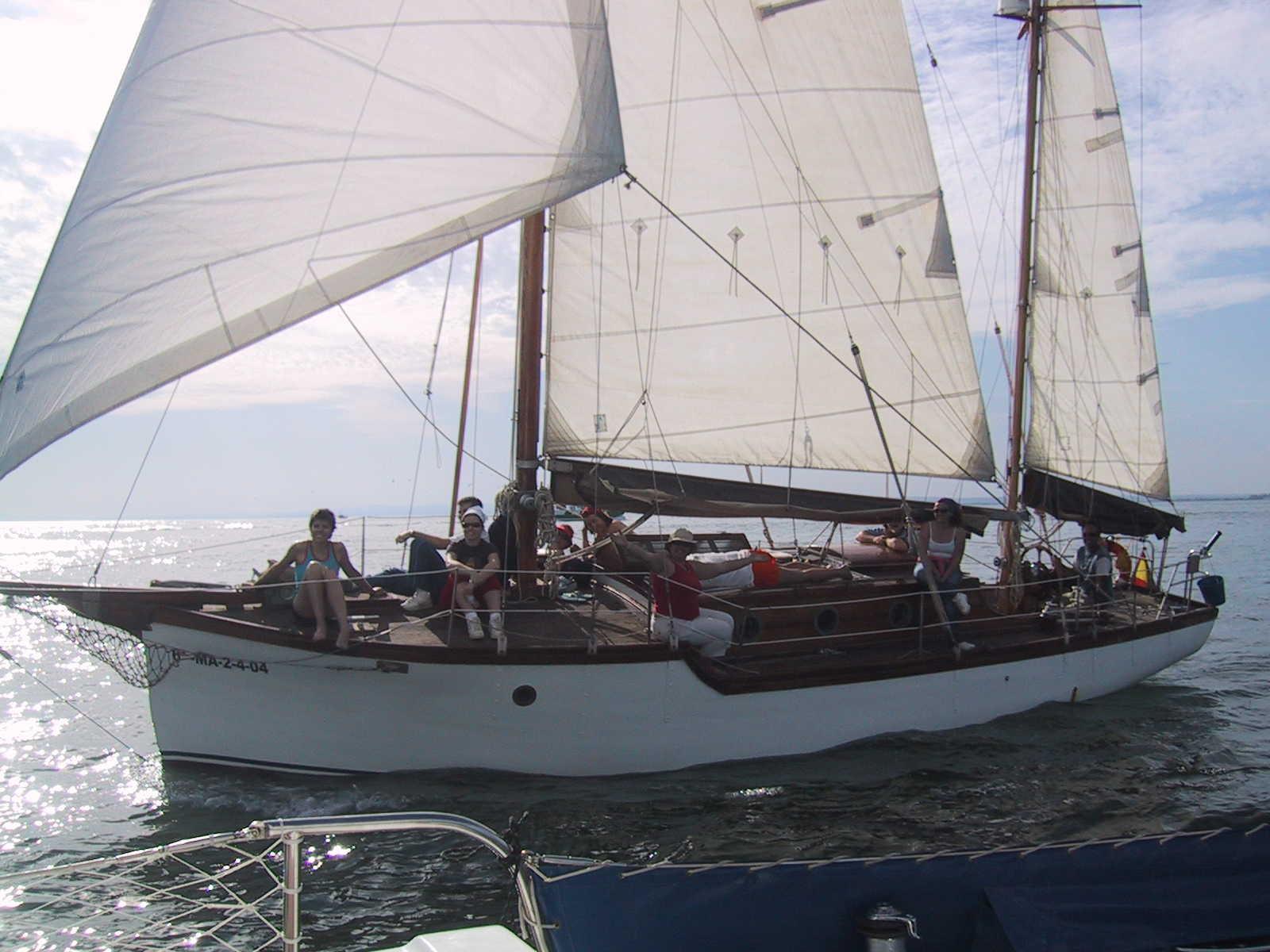 Travesía en velero clásico por el paraje natural Marismas del Río Piedras y Flecha de El Rompido