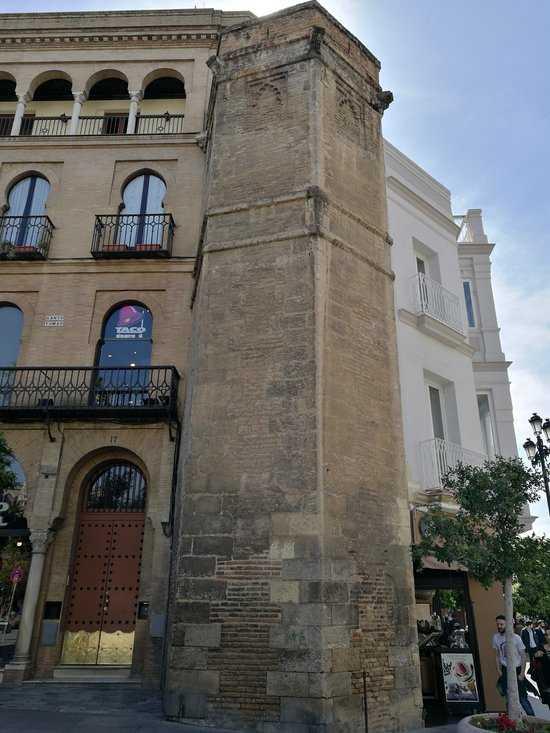 Torre Abdelaziz