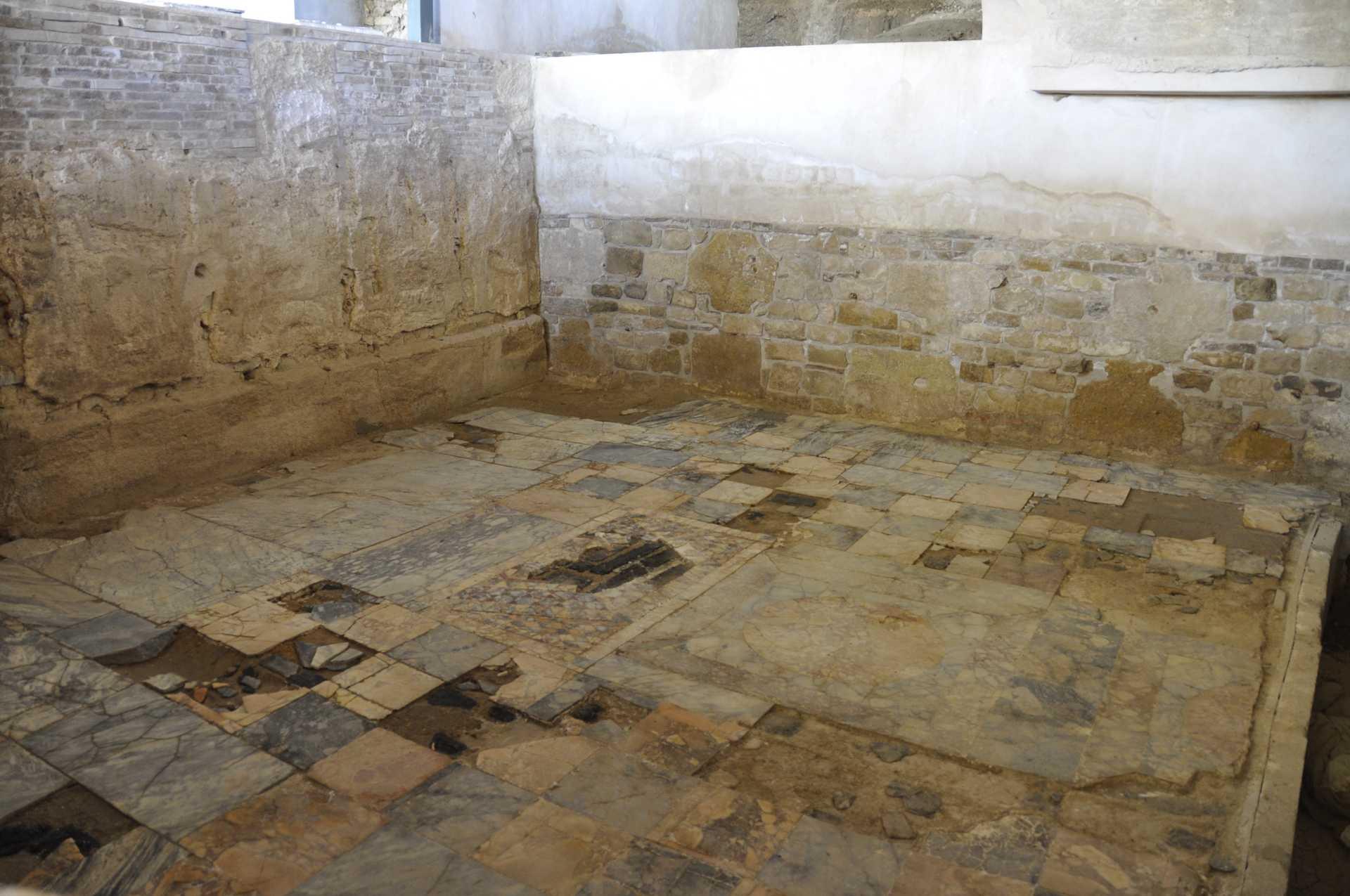 Alcázar Archaeological Site