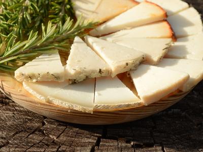 Una cata frente al mejor queso del mundo, el Payoyo