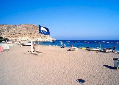 Andalucía logra el récord histórico de banderas azules con 120